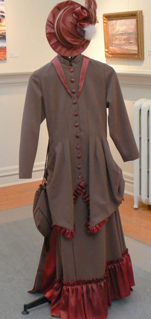 July 10-14-period dress-1024- made by Milena Buryanek