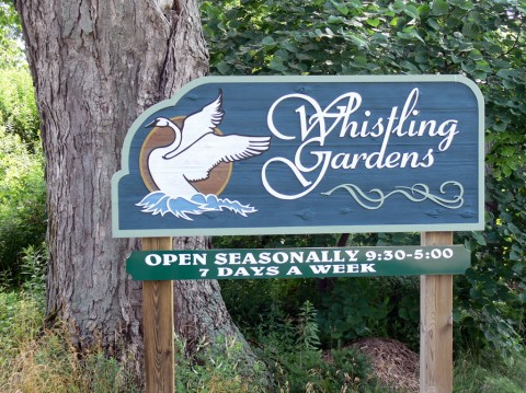July 15-14-sign to Whistling-1024-Gardens